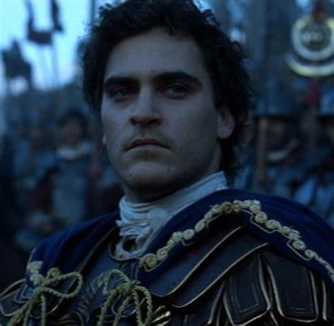 gladiator film emperor villain spotlight commodus aurelius quot the brotherhood of
