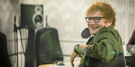 ed sheeran adalah ed sheeran menulis lagu adalah sebuah terapi bagiku