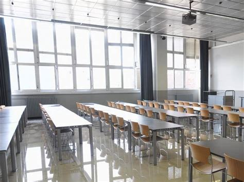 casa dello studente brescia studenti fantasma e registri taroccati verso la chiusura 4