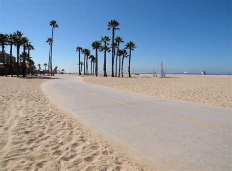 santa monica the strand beach path