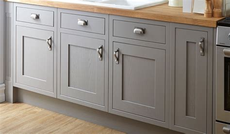 replacing kitchen cabinet doors cost cost of replacing kitchen cabinet doors and drawers cost
