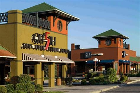 the outlets at castle rock denver colorado