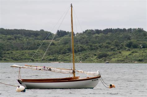 vineyard gazette marthas vineyard news  vineyard herreshoff cup arrives