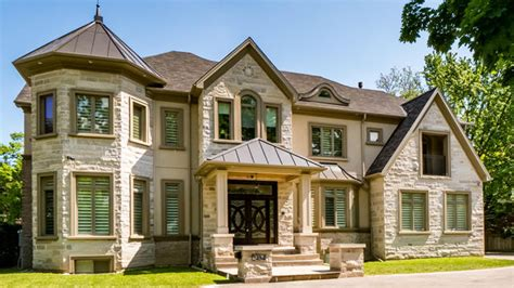 6000 sq ft house house of the week 6 000 sqft home on mississauga road