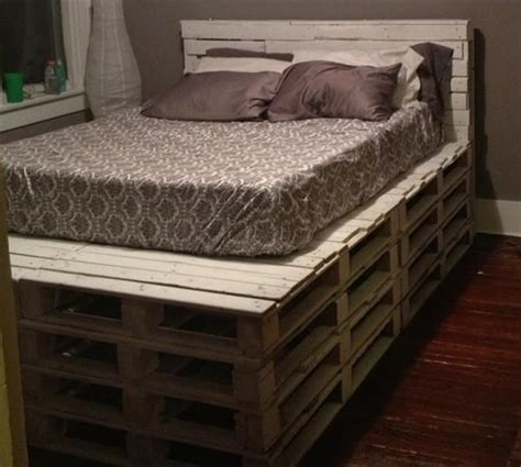 How To Make A Bed Frame From Pallets Best 25 Pallet Bed Frames Ideas On Diy Pallet Bed Diy Platform Bed And Platform
