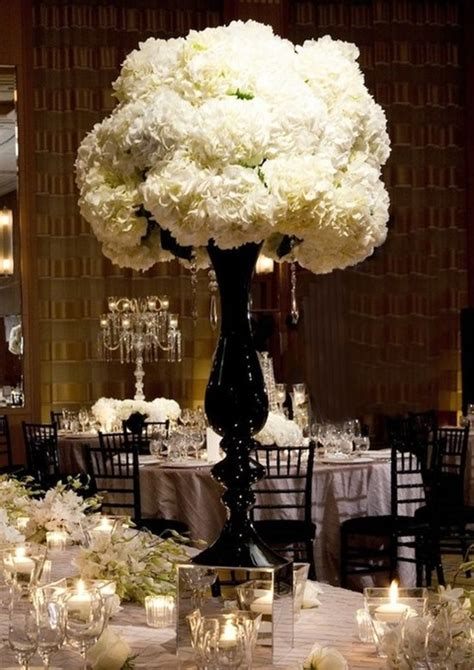 46 Cool Black And White Wedding Centerpieces Happywedd Com Black Vases For Wedding Centerpieces