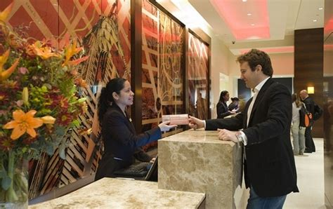 personal assistant tips how to get free hotel suite