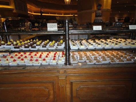 des desserts picture of the buffet at bellagio las