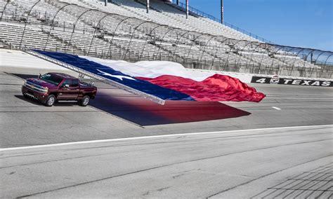 chevrolet flag 2017 silverado hd sets flag pull world record gm authority