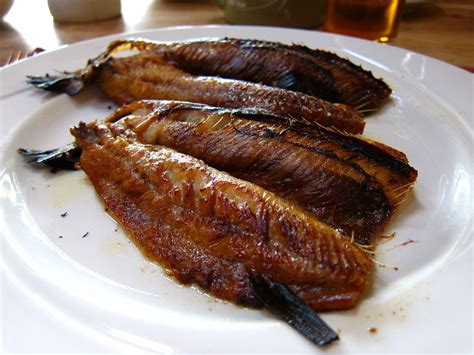 come cucinare le aringhe affumicate ricetta aringhe affumicate marinate ricette di buttalapasta