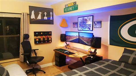 Desks For Monitors by Desk For Dual Monitor Setup Hostgarcia