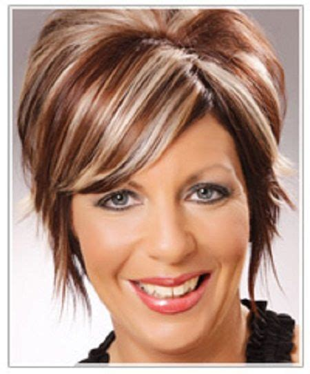 chunking or highlighting short brown hairstyle http veliop com wp content uploads 2013 06 white