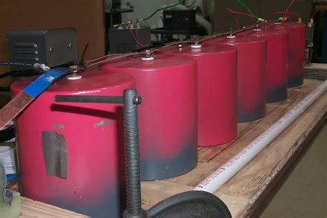 capacitor for rail table top demonstration railgun