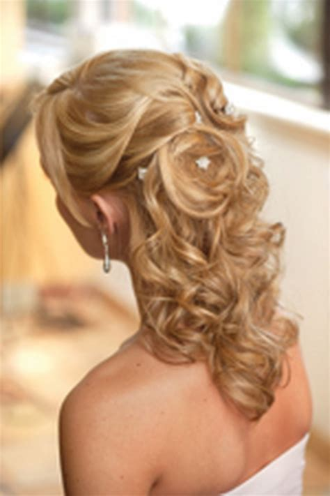 Wedding Hairstyles Curly Hair Half Up by Half Up Curly Wedding Hairstyles
