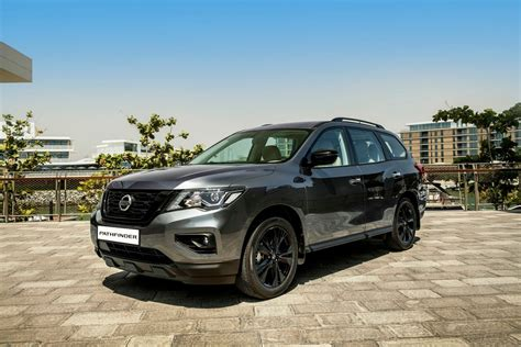 nissan midnight pathfinder nissan extends iconic pathfinder suv lineup with the