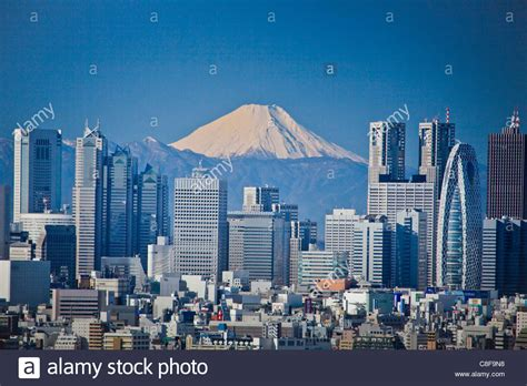 japanese town tokyo city japan november asia district shinjuku mountain stock photo 39674916 alamy