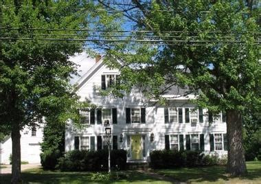 25 Perfect Romantic Spring Getaways In Maine