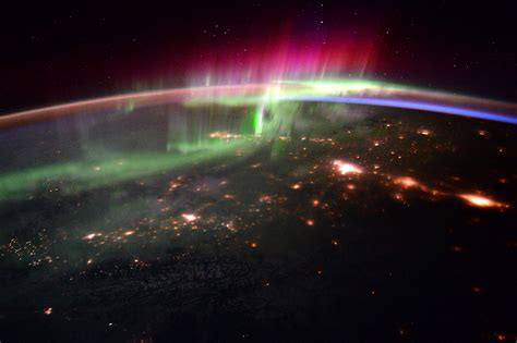 auroras from space pictures aurora as seen from the iss space