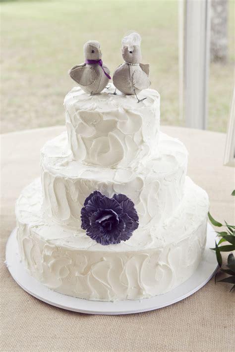 Backyard Wedding Cakes Photo Captured By Winn Via Grace Lover Ly