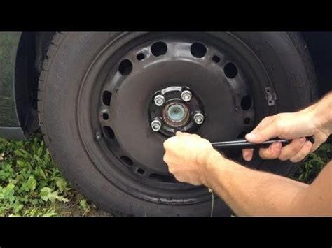 Motorrad Reifen Laufrichtung by Radmuttern Nachziehen Eine Anleitung