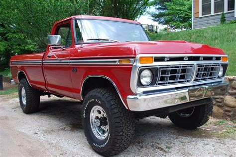 truck ford this 1976 f 250 is close to ford truck perfection ford