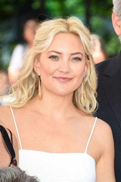 Kate Hudsons by Kate Hudson At Goldie Hawn And Kurt S Walk Of Fame