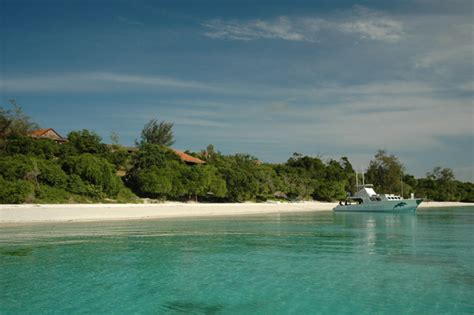 Mba Island by Manta Resort Africa Accommodation In Pemba Island