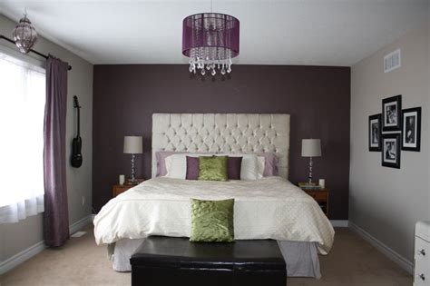 purple feature wall bedroom 25 best ideas about purple bedroom walls on pinterest