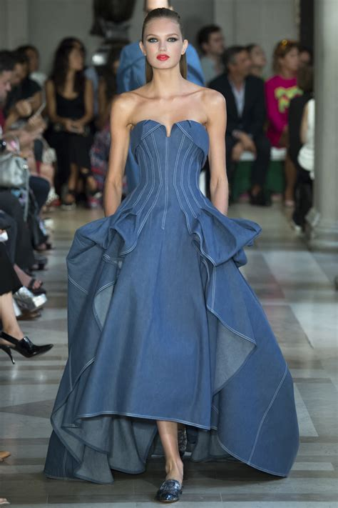 Frock Horror Of The Week Catwalk 9 carolina herrera 2017 ready to wear collection