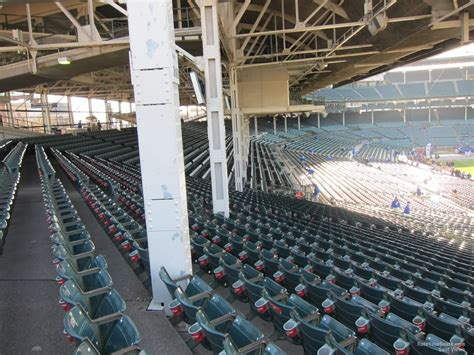 wrigley field section 204 chicago cubs wrigley field section 204 rateyourseats com