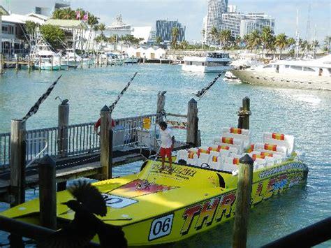 boat rides at bayside miami fl thriller boat ride