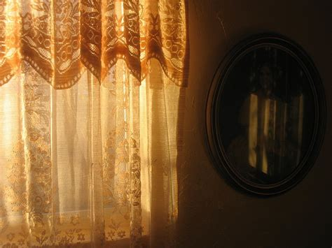 the bedroom window cast film noir curtis hanson the bedroom window 1987 l a