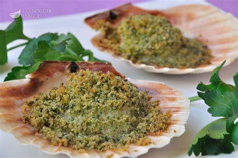 cucinare le capesante ricetta capesante gratinate le ricette dello spicchio
