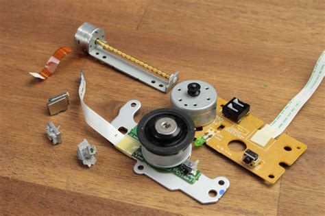 laser diodes parts diy laser diode driver constant current source save all the useful parts from the dvd drive