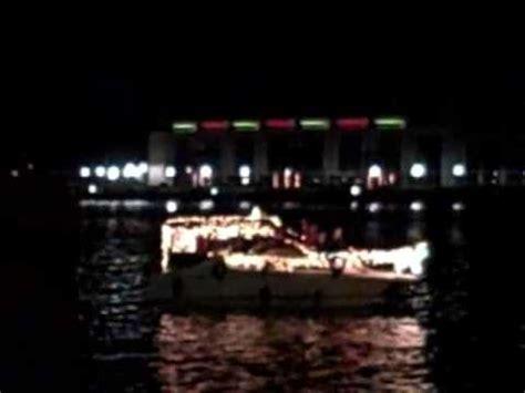 boat parade in savannah ga boat parade and fireworks on the savannah river 11 28 2009