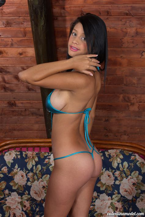 Nonnude Valentina Model Wearing Blue Bikini Tgp Gallery