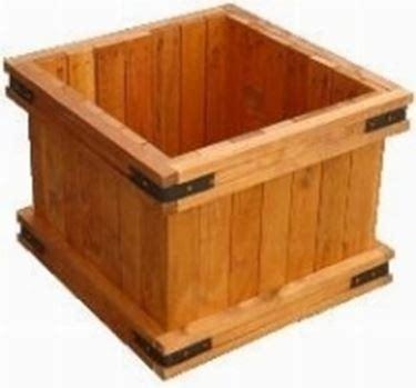 vasi legno vasi in legno vasi e fioriere