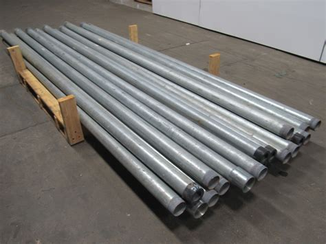 emt electrical metal tubing conduit galvanized steel 2 1 2 quot x10 rigid metal conduit pipe galvanized lot of 19