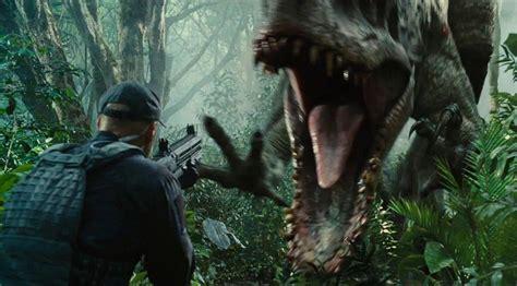 film dinosaurus bioskop mercedes benz gle coupe jadi bintang di film jurassic