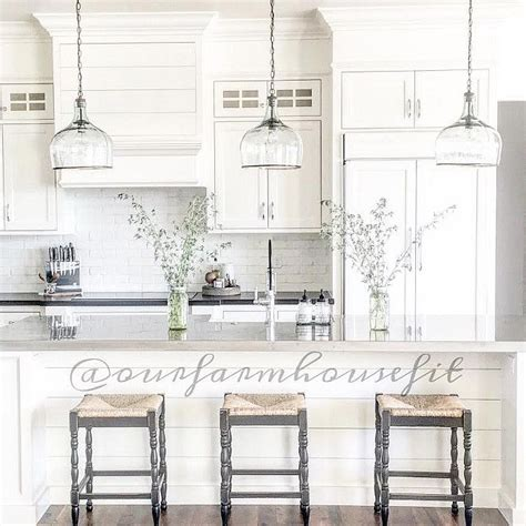 Farmhouse Kitchen Lighting 25 B 228 Sta Glass Pendant Light Id 233 Erna P 229 Pinterest West Elm Armaturer Och Belysning