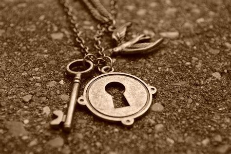 images of love keys love keys hd wallpaper