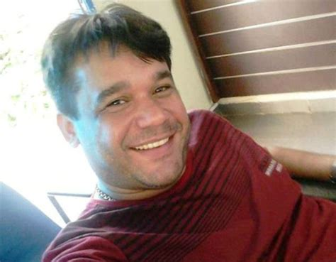 fotos para perfil homem homem 233 esfaqueado e morre em tentativa de assalto