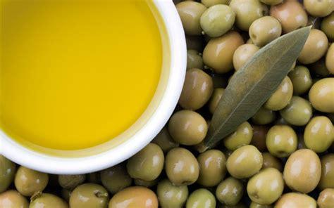 alimenti abbassano i trigliceridi cibi antinfiammatori per dimagrire e ridurre il girovita