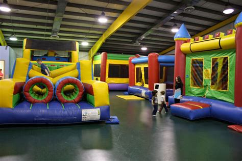jumping house bounce house greenville rec