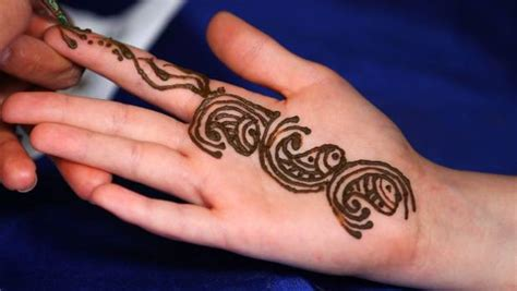 henna tattoos hamilton nz never again s henna warning after s