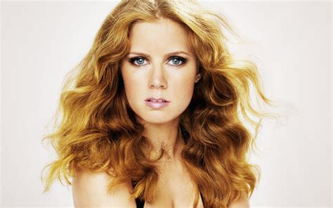 young hollywood the worldwide leader in celebrity video celebrity of the week amy adams beverly hills magazine