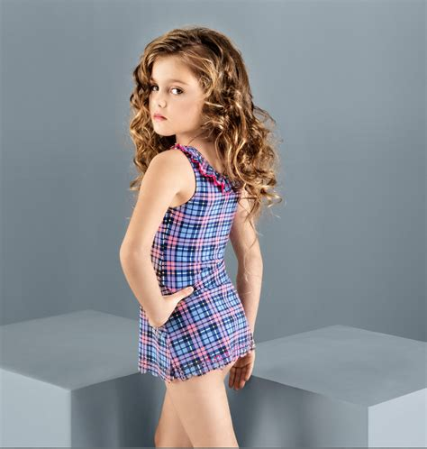 Top New Style Pink Model Impor wholesale balneaire new arrival fashion 2016 swimwear