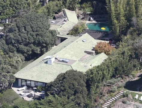 angelina jolie house angelina jolie set up rented house before filing for divorce us weekly