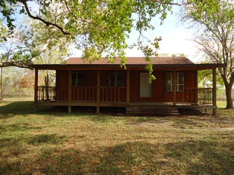 4715 hill side needville tx 77461 foreclosed home