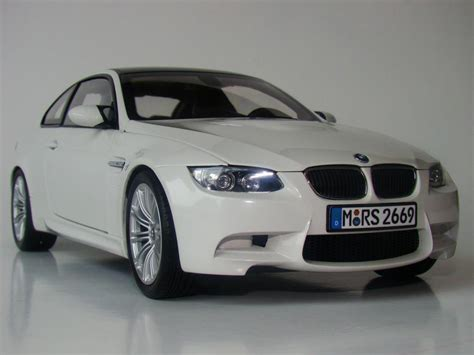 car bmw wallpaper free wallpaper download bmw car wallpapers